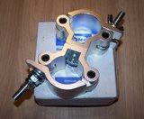 Showtec 50 mm Swivel Coupler SWL: 500 kg_