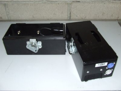 Compact multi-purpose utility case with powercon connectors