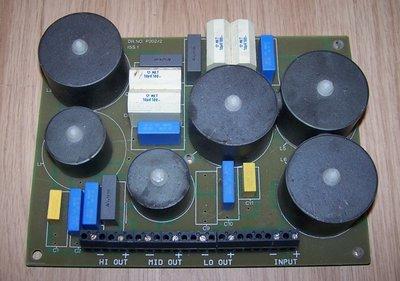 Link Dynamics 3-way crossover 500Hz/5kHz 500W 8 Ohm