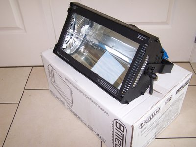 Briteq BT-3000 Strobe 3000W DMX with Blinder function