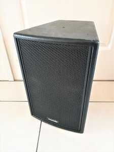 "Community Veris 8 2-way 8"" 150 Watt 8 Ohm Full Range Loudspeaker"